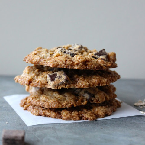 Dark Chocolate and Walnut Oatmeal Cookies