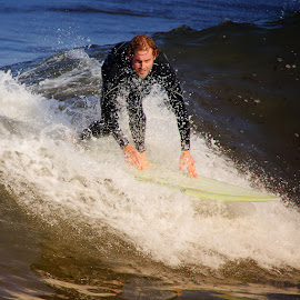 Les yeux by Gérard CHATENET - Sports & Fitness Surfing