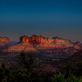 Sunset in Sedona by Jeannie Meyer - Landscapes Mountains & Hills ( mountains, sunset, arizona, sedona, golden hour )