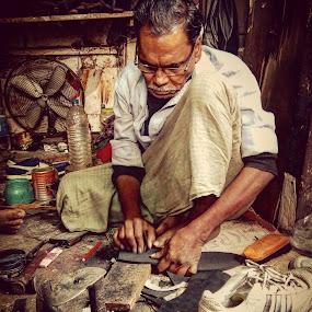 by Soumyadip Ghosh - People Professional People