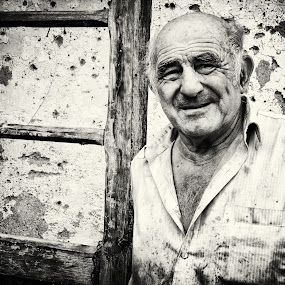 WORKER by Pavle Randjelovic - People Portraits of Men
