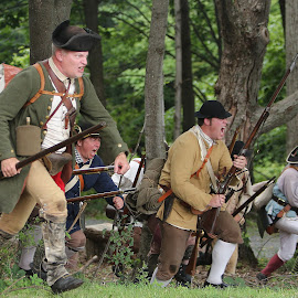 Battle of Bennington by Stephen Goodhue - People Portraits of Men ( battle of bennington, field, green mountain boys, battle, charge, 2014, musket, running )