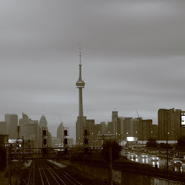 T O R O N T O by Reuben Nelson - City,  Street & Park  Skylines ( cne, toronto, union station, downtown toronto,  )