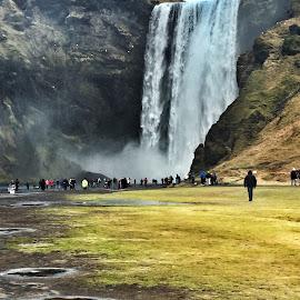 Skogafoss, Iceland  by Tara Bauman - Instagram & Mobile iPhone