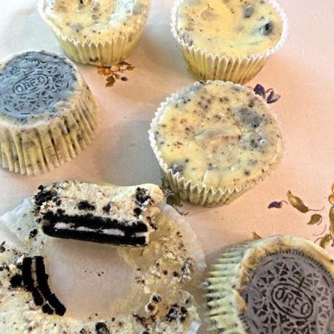 Martha Stewart's Cookies and Cream Cheesecakes (#4)
