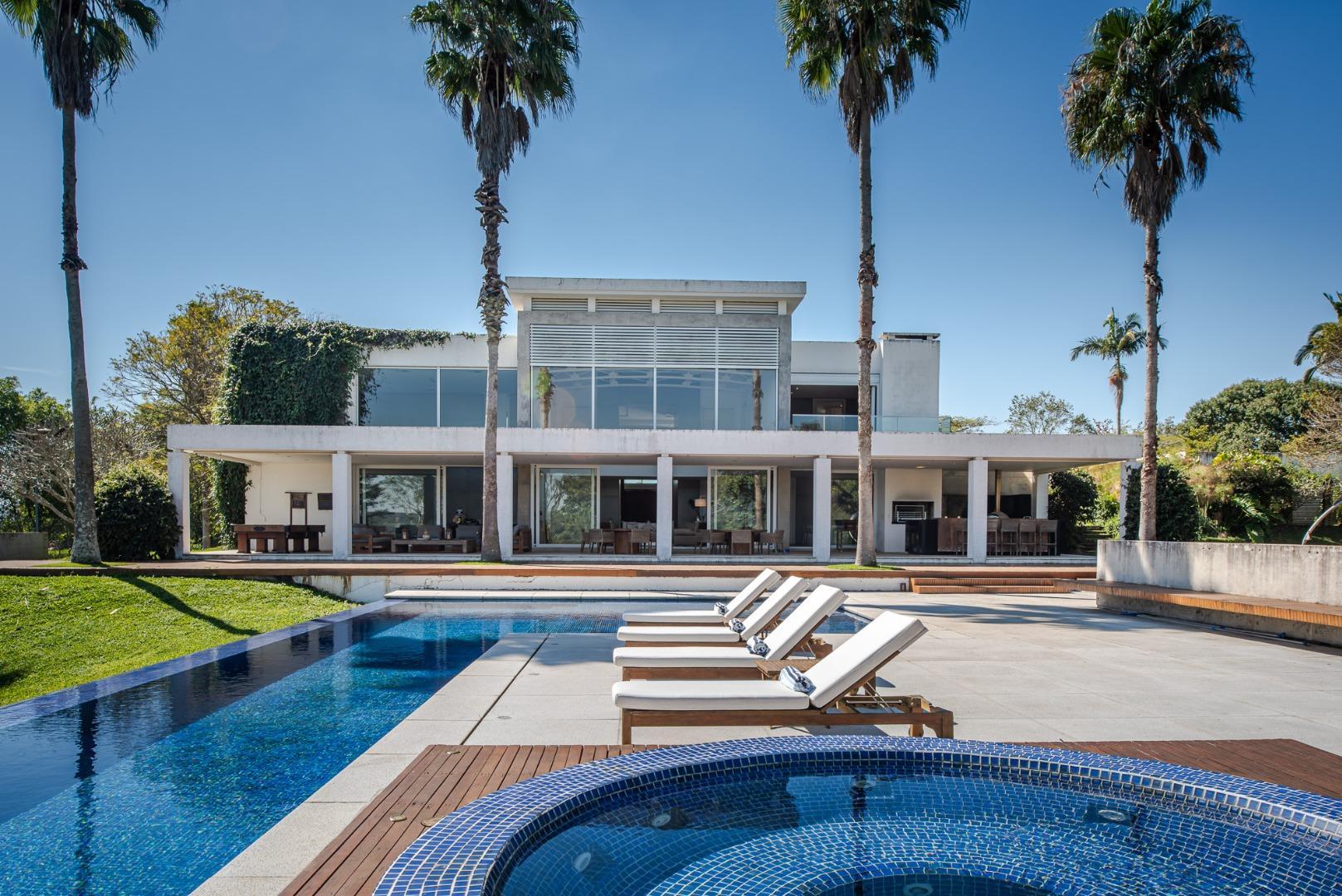 Casa com 8 dormitórios à venda, 1600 m² por R$ 22.000.000,00 - Baronesa - Bragança Paulista/SP