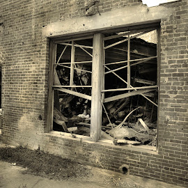 Broken Windows by Jim Oakes - Buildings & Architecture Decaying & Abandoned ( broken, widows, building, brick, day )