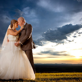 Sunset capture - Bride & Groom by Robert Blair - Wedding Bride & Groom ( family photographer, wedding photography, belleville photographer, belleville wedding photographer, image plus photography )