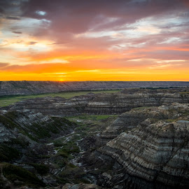 by Darrell Portz - Landscapes Prairies, Meadows & Fields ( alberta, sunset, horse thief canyon )