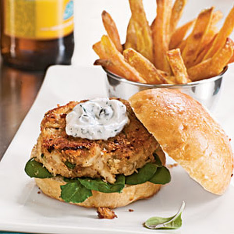 Crab Cake Sliders with Dill-Caper Cream