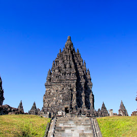 Prambanan Temple  - UNESCO World Heritage by Hartono Wijaya  - Buildings & Architecture Statues & Monuments ( art, architecture, world heritage, unesco, hinduism, temple, hindu, monuments, cultural heritage, statue, traveling, yogyakarta, indonesia, buildings, place of worship, java, culture, travel photography )
