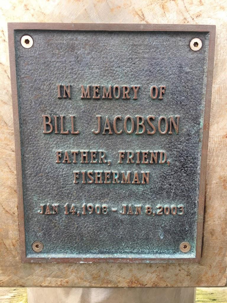 In memory ofBill JacobsonFather, Friend,FishermanJan 14, 1908 - Jan 8, 2003