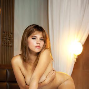 by Jeffrey Ong Cw - Nudes & Boudoir Artistic Nude