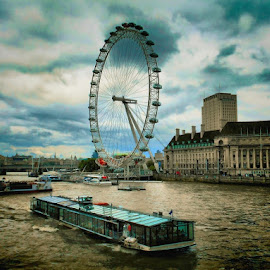 The London Eye by Francis Xavier Camilleri - City,  Street & Park  Historic Districts