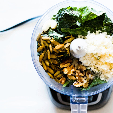 Quick Kale and Walnut Pesto with Sunflower Seeds