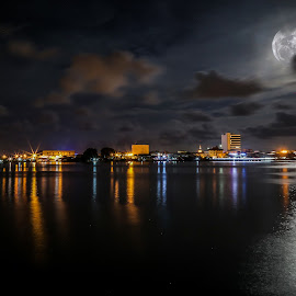 Beautiful Full Moon in the Labuan city, Malaysia by Daimasala Abdullah - City,  Street & Park  Night ( skyline, lower, bright, metropolitan, street, round, cityscape, hudson, city, close, borneo, over, sky, autumn, dark, year, commercial, black, financial, white, malaysia, huge, landmark, apple, big, labuan, moon, reflection, waterscape, states, circle, landscape, panorama, skyscraper, full, lunar, district, evening, downtown, water, building, united, seascape, new, tower, color, night, mid, river )