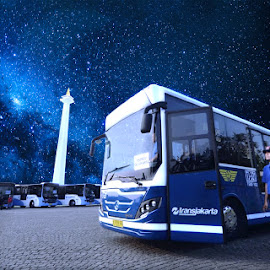 Bus's Patriotic by Wong Wely - Digital Art Things ( bus, patriotic, indonesia tourism, jakarta, patriot )