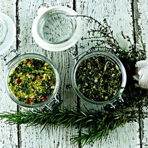 Rosemary, Sage, Thyme and Garlic Salt