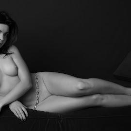 Kristy # 03 - Monochrome by Rick Nova - Nudes & Boudoir Artistic Nude (  )