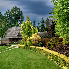 Old cottage by Marek Rosiński - Buildings & Architecture Other Exteriors ( landscape before the storm, before storm, rural architecture, old cottage, village )