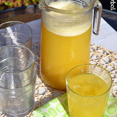 Pineapple and Green Tea Fizz