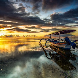 Ready to ride by Arek Embongan - Transportation Boats
