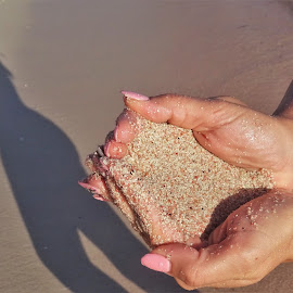 Pink sand by Nicoleta Gradinaru - People Body Parts ( shadow, pink sand, summer, beach, sun )