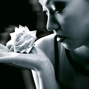 women and the flower  by Md Azin - People Portraits of Women