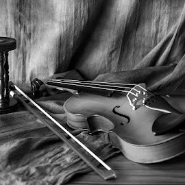 by Rakesh Syal - Black & White Objects & Still Life (  )