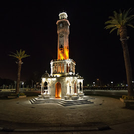Konaq clock by Grigoris Koulouriotis - Buildings & Architecture Statues & Monuments ( famous, building, night photography, clock, monument, travel, turkey, square, public, nightscape, izmir,  )