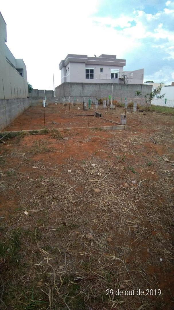 Lindo Terreno Condominio Real Parque Sumaré com projeto aprovado !