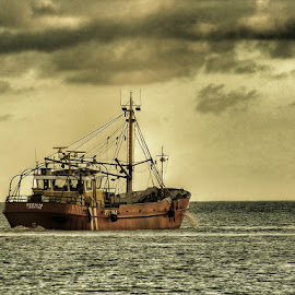 by Pat Somers - Transportation Boats