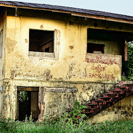 by Edison Pargass - Buildings & Architecture Decaying & Abandoned ( old, graffiti, trinidad, house, caribbean, abandoned )