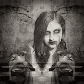 the hands by Kathleen Devai - Digital Art People ( fantasy, gothic, monochrome, surreal, horror )