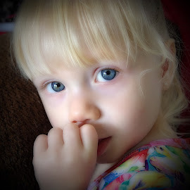 by Karen McKenzie McAdoo - Babies & Children Child Portraits