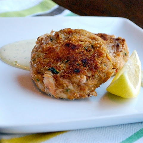 Best Crab Cakes with Lemon-Dill Aioli