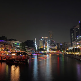 C E N T R A L by Fajar Krisna - Landscapes Waterscapes ( clarke quay, singapore )