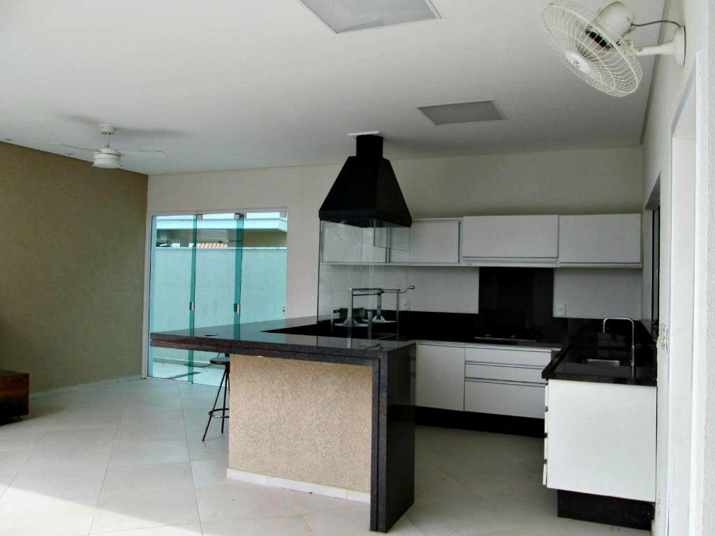 Casa em condomínio para Venda/Locação - Urbanova