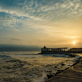 Camotal by Fico Stein Montagne - Landscapes Sunsets & Sunrises ( water, clouds, colors, sea, ocean, landscape, restaurant, nikon d7000, callao, lima, sun, sky, bay, sunset )