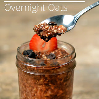 Overnight Oats With Chocolate And Strawberries