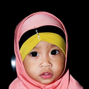 anak muslim by Daenk Andi - Babies & Children Child Portraits ( warna, anak anak, busana, nikon, wanita )