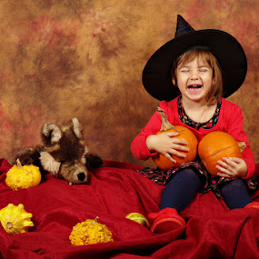 Little witch is having fun by Nicu Buculei - Babies & Children Child Portraits ( child, girl, witch, children, kids, halloween,  )