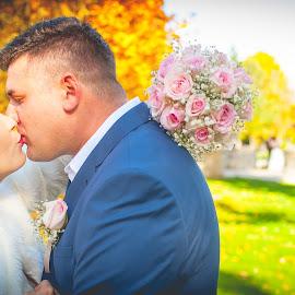 by Mali Jimmy Iz Susjedstva - Wedding Bride & Groom ( krsija vjencanje )