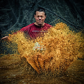Blind Anderson by Marco Bertamé - Sports & Fitness Other Sports ( water, differdange, splash, splatter, 2015, number, eyes closed, waterdrops, soup, 461, luxembourg, red, sliding, mud, strong, drops, dirty, brown, strongmanrun, man )