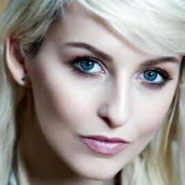 © Rampix Photography by Visit Www.rampix.co.uk - People Portraits of Women ( blonde, editorial, rampix photography, lifestyle, amber tutton, zen-port, @rampix_mk, #rampix )