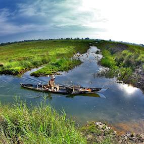 by Goestie Rama - Transportation Boats