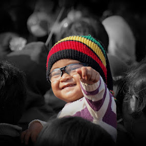 Got You .. by Aditya Nugraha - Babies & Children Children Candids ( child, child expression, cute, kid )