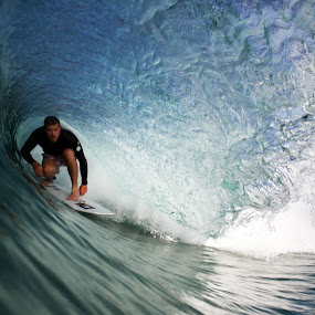 by Lorne Greenlaw - Sports & Fitness Surfing
