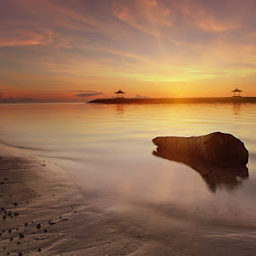SUNRISE IN SANUR by Adie Photograph - Landscapes Waterscapes
