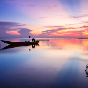Jubakar by Tan Tc - Landscapes Beaches ( reflections, beach, boat, landscape, rays )